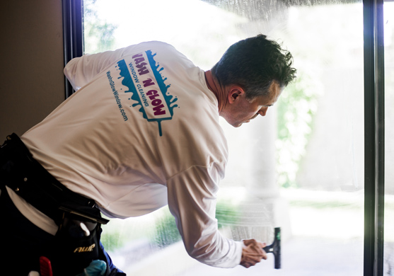 Wash n Glow residential and commercial window washing services in mesa arizona